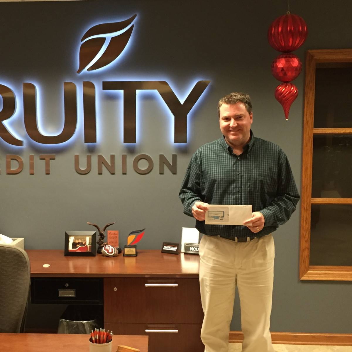 Nicholas Dailey - Winner of the Hogs Tickets Giveway